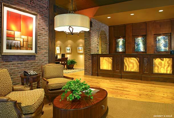 Portfolio-Commercial-Seaside National Bank, Downtown, Susan Berry Designer